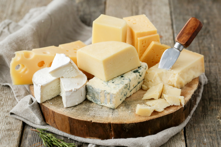 Dairy cheese prevents sodium-induced vascular dysfunction by reducing superoxide levels