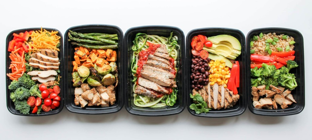 5 different prepared meals