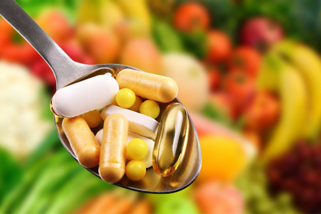 Supplement intake frequency questionnaire ranks nutrients correctly