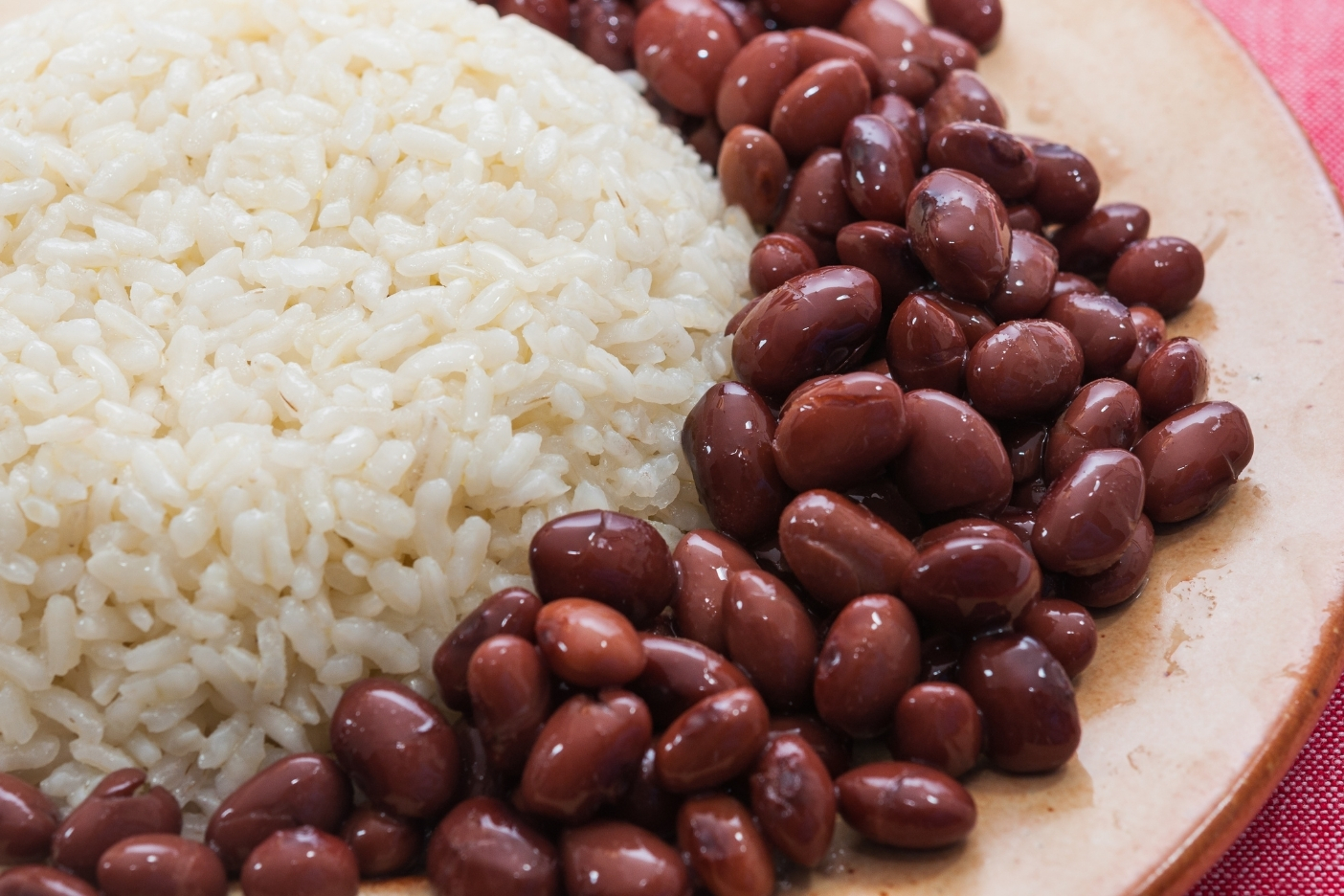 Concerning Dietary Patterns Among Latinx Linked to Greater Number of Years Living in the U.S.